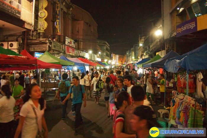 Chợ đêm Cebu sôi động và náo nhiệt