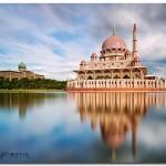 Thăm Thánh đường màu hồng ở Putrajaya