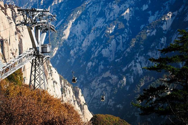 Chinh phục danh thắng núi Hoa Sơn kỳ vĩ