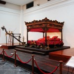 Thăm quan bảo tàng quốc gia Indonesia
