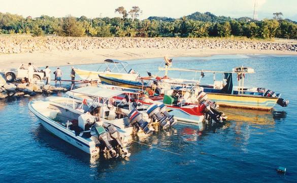 Thưởng thức hải sản tại chợ cá Jerudong