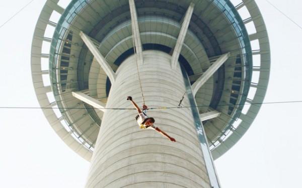 Trải nghiệm nhảy Bungee cực thú vị ở Macau
