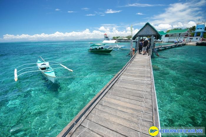 Biển xanh ấn tượng tại Philippines