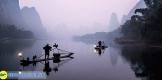 Đi bè trên sông Li