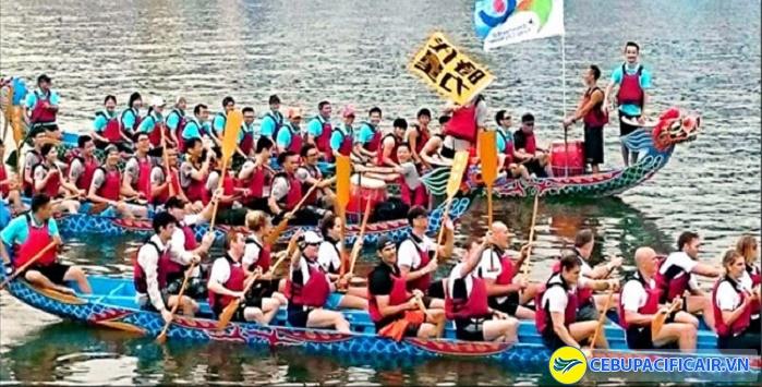 Lễ hội đua thuyền rồng
