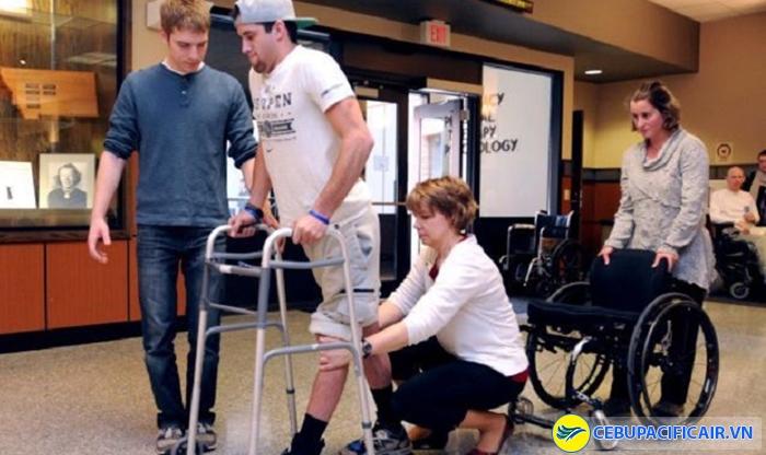 Quy định người khuyết tật đi máy bay Cebu Pacific