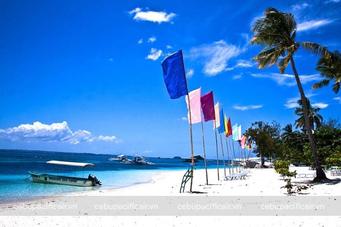 Tắm biển ở Cebu